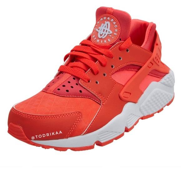 Nike Shoes | Air Huarache Run Red